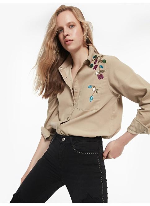 Twist Boncuk Çiçek Nakışlı Çıtçıt Kapama Gömlek Taş